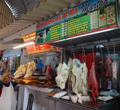 Surquillo Mercado No. 1 - cow partrs
