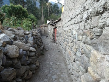 Another alleyway of Ollantaytambo, a quaint, peaceful town