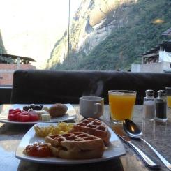 Breakfast at El Mapi