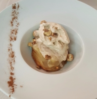 Culinaria dinner - deconstructed apple pie with cinnamon ice cream