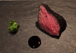 NARISAWA Sumi 2008 Kobe Beef with carbonized leek power coating to resemble charcoal