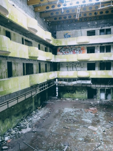 Abandoned hotel at Vista do Rei