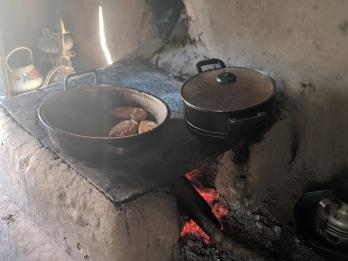 Remolino pineapple pastelitos frying