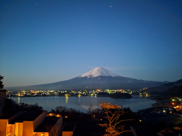 Mt Fuji Night view camera 4am from hoshinoya