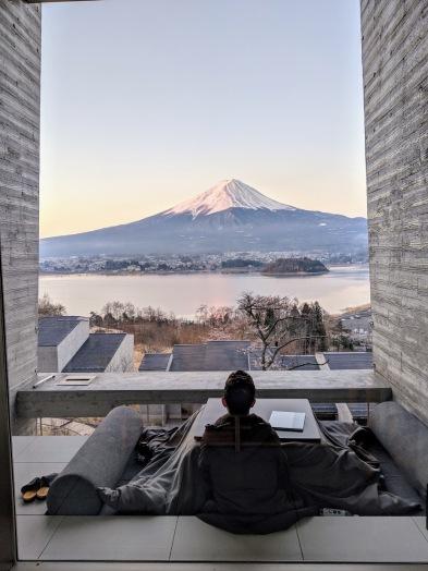 Hoshinoya fuji glamping resort